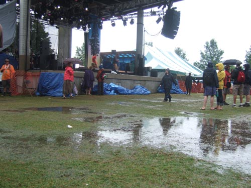 soggy-main-stage