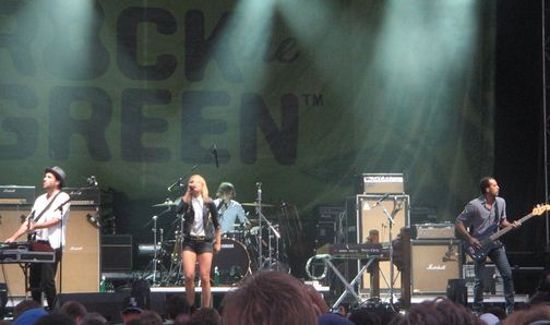 metric rock the green