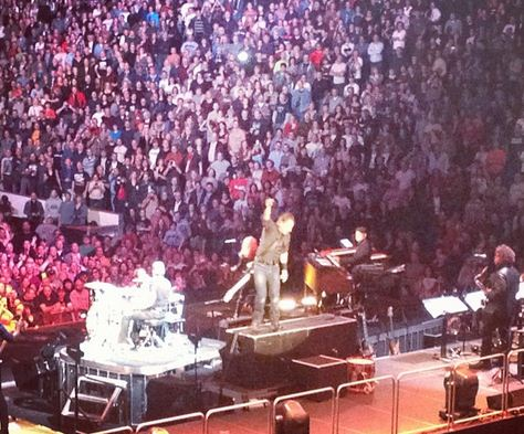 springsteen Concert Review: Bruce Springsteen, October 21st, Copps Coliseum, Hamilton