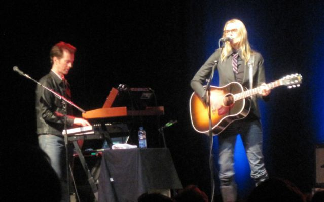 aimee mann Concert Review: Aimee Mann, Ted Leo, November 6, Danforth Music Hall