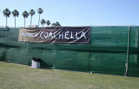 coachella small Concert Review: Coachella, May 1st 2nd, 2004 [Radiohead, Pixies, The Cure, Kraftwerk, Flaming Lips]